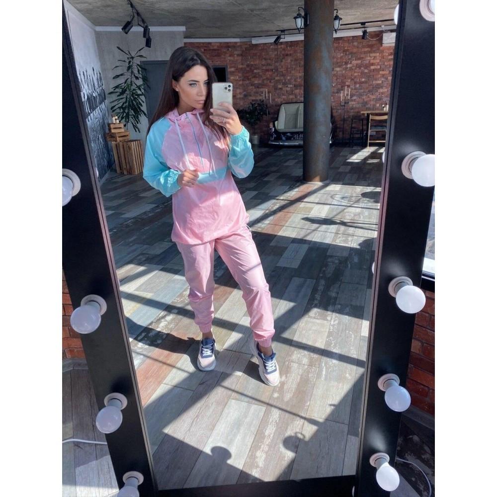 Жіночий спортивний костюм легкий рожевий
