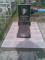 Укладка тротуарной  плитки р.уч. 1,2м * 1,8м