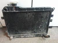 Радиатор охлаждения медный ВАЗ 2101 2102 2103 2104 2105 2106 2107 отличное состояние