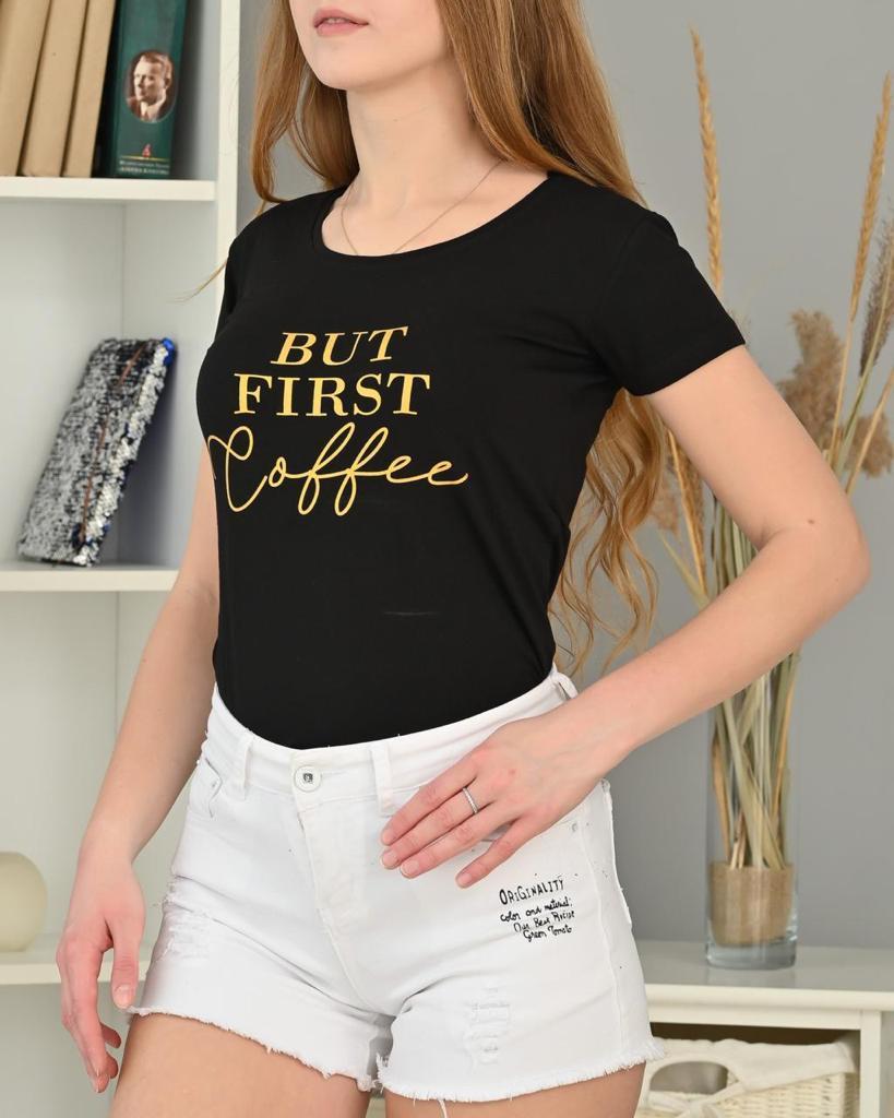 Красива жіноча футболка з написами 42-44 (в кольорах)