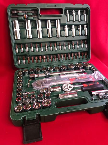 Набор инструментов для ремонта автомобиля 108  деталей