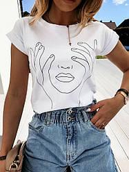 Модная женская белая футболка с принтом