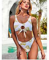 Женский белый купальник с принтом пальмы