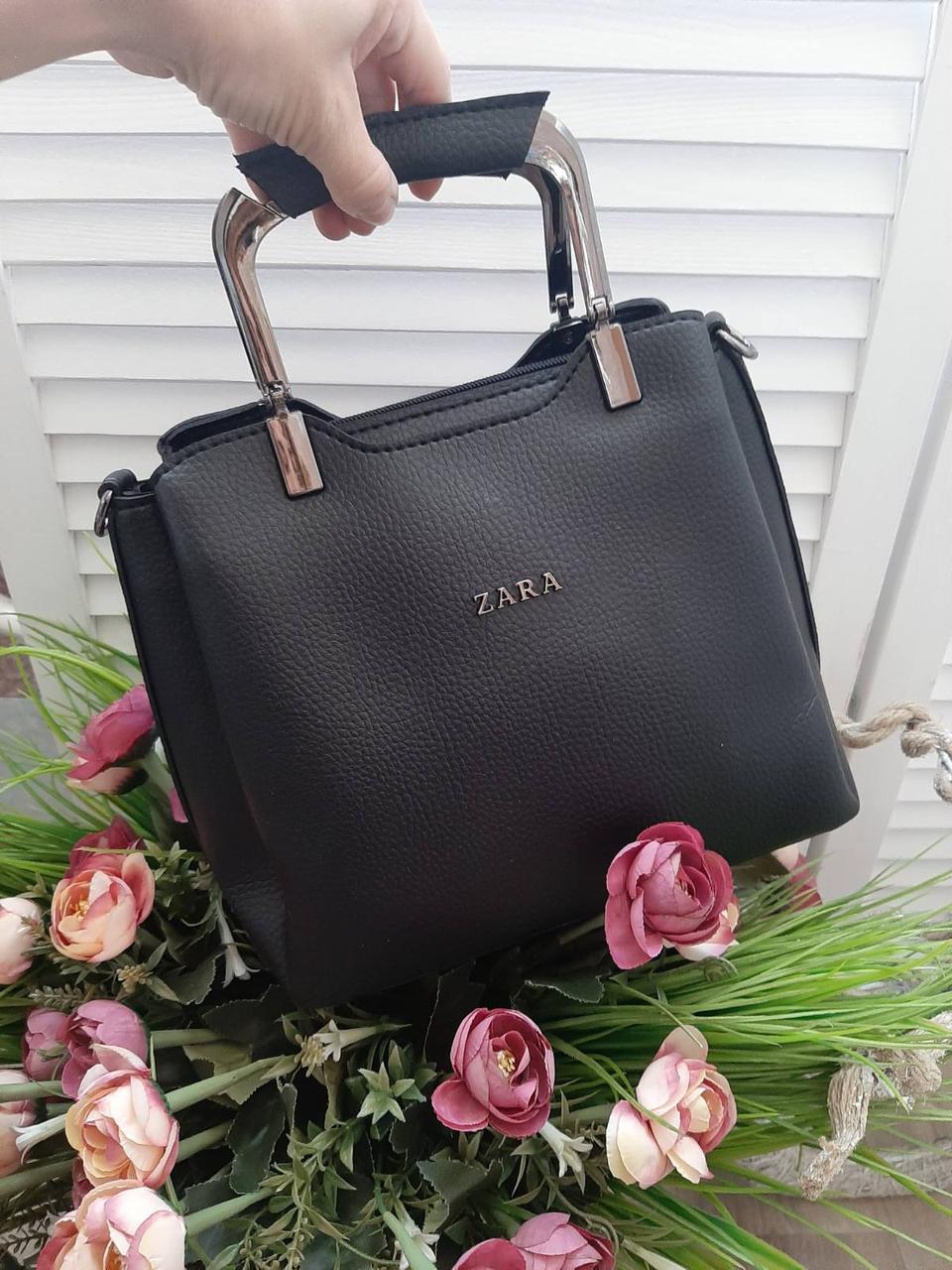 Женская сумка модная с квадратными ручками небольшая на плечо черная кожзам