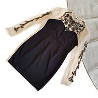 Платье-туника с телесной сеткой сверху украшенная вышивкой из бисера и камней
