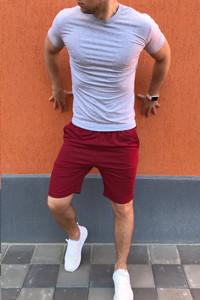 Футболка і шорти. Мужские футболки. Мужские шорти. Чоловічі футболка і шорти.