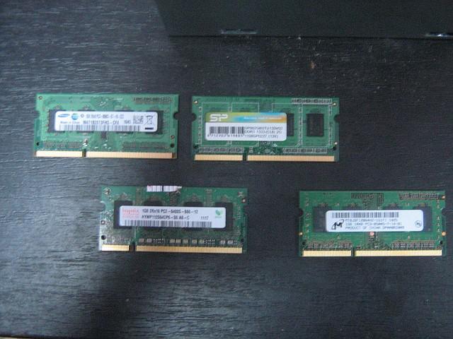 Модуль памяти Samsung SO-DIMM DDR3 1GB, 1066MHz, PC3-8500, для ноутбука