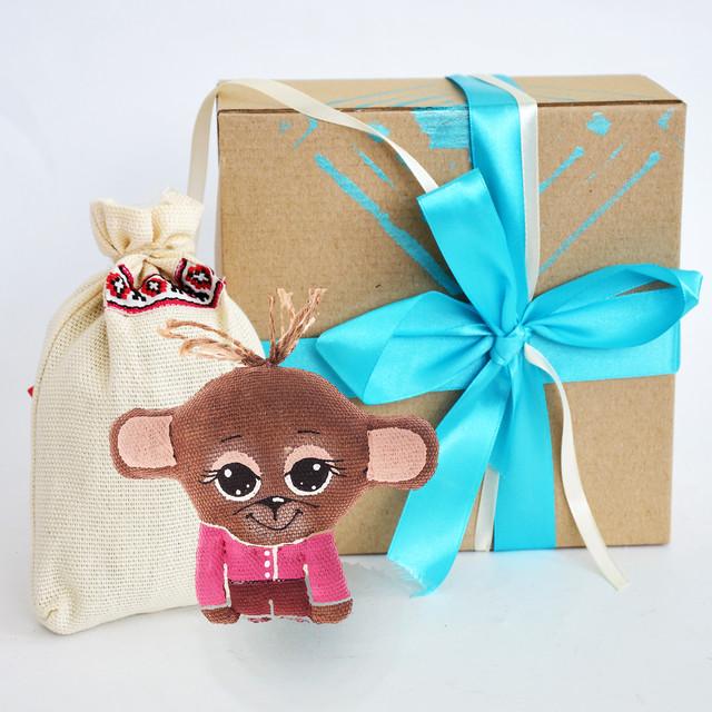 Новогодний подарочный набор с символом года обезьяной