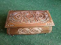 Скринька дерев'яна ручної роботи з елементами бісеру 21*11*8 см