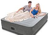 Надувная двухместная кровать со встроенным электронасосом Intex 64418 Comfort-Plush (152x203x56 см.), фото 3