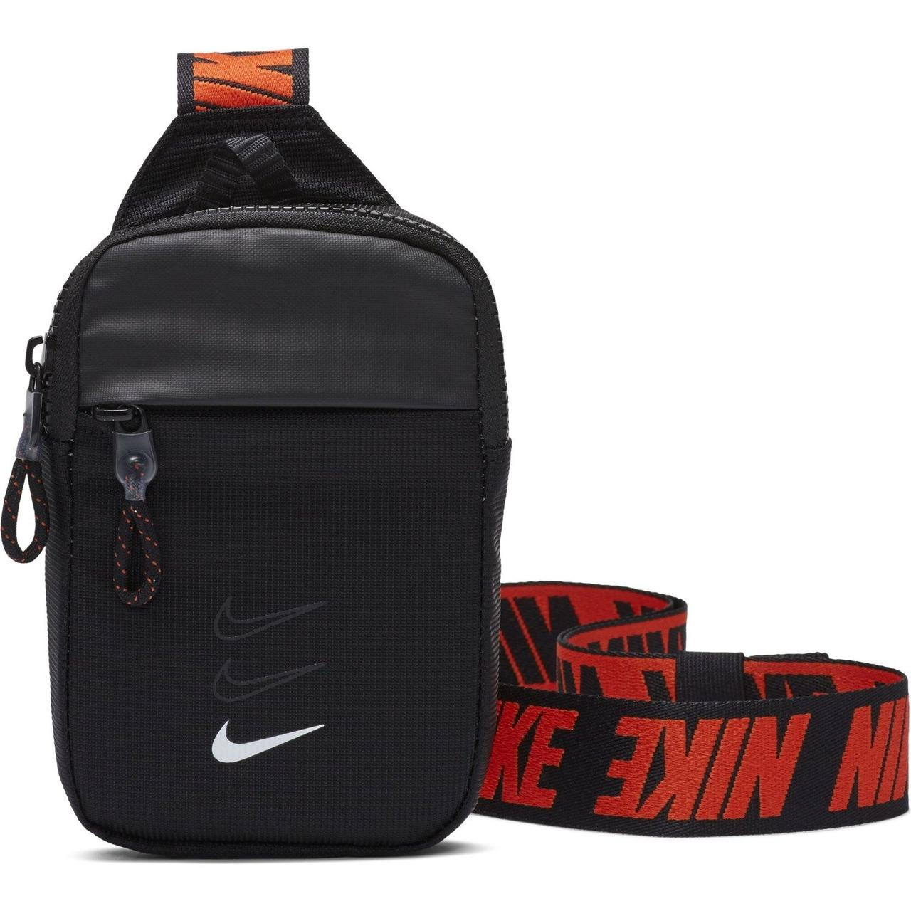 Сумка Nike Sportswear Essentials Hip Pack S BA5904-010 Черный