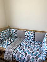 Комплект бортики со съёмными наволочками на 4 стороны, конверт-одеяло, простынка на резинке, подушечка.