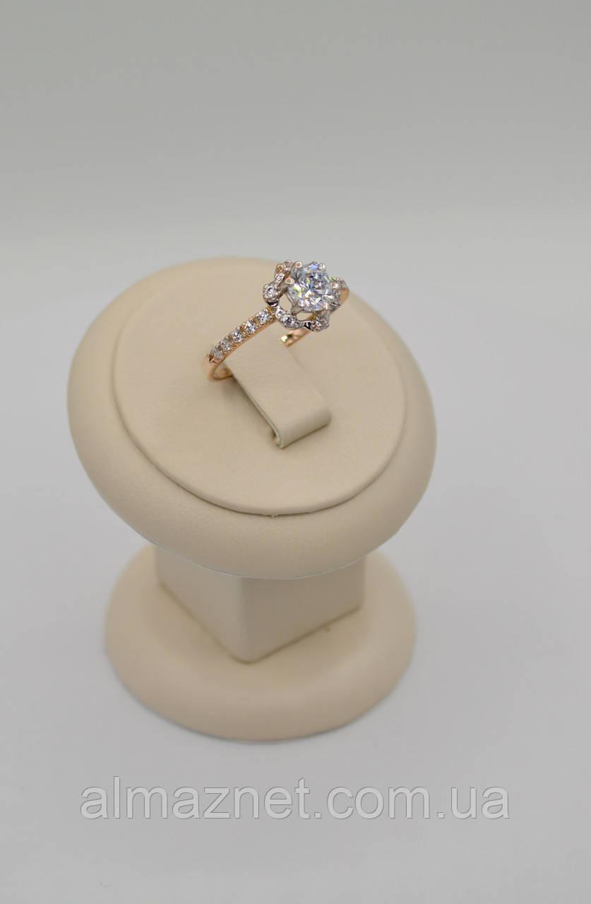 Золотое кольцо С королевским кастом