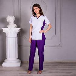 Женский медицинский костюмс коротким рукавом Арина белый с фиолетовыми брюками