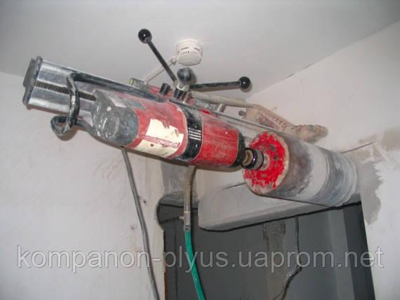 Сверление отверстий в кирпиче и бетоне