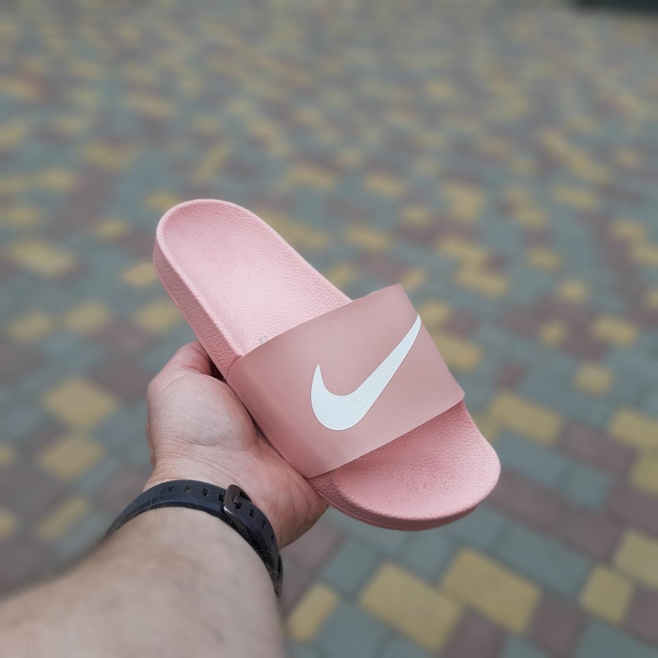 Жіночі сланці Nike Pink, репліка