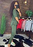 """Жіночий стильний костюм хакі: """"Змійки"""": футболка з блискавками збоку і штани, фото 2"""