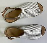 Босоножки молодежные из натуральной кожи с перфорацией от производителя модель ОШ993, фото 2