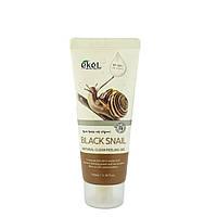 Деликатный пилинг-скатка с муцином черной улитки Ekel Natural Clean Peeling Gel Black Snail 100ml