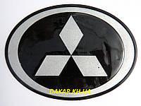 Антискользящий силиконовый коврик на торпедо с логотипом Mitsubishi