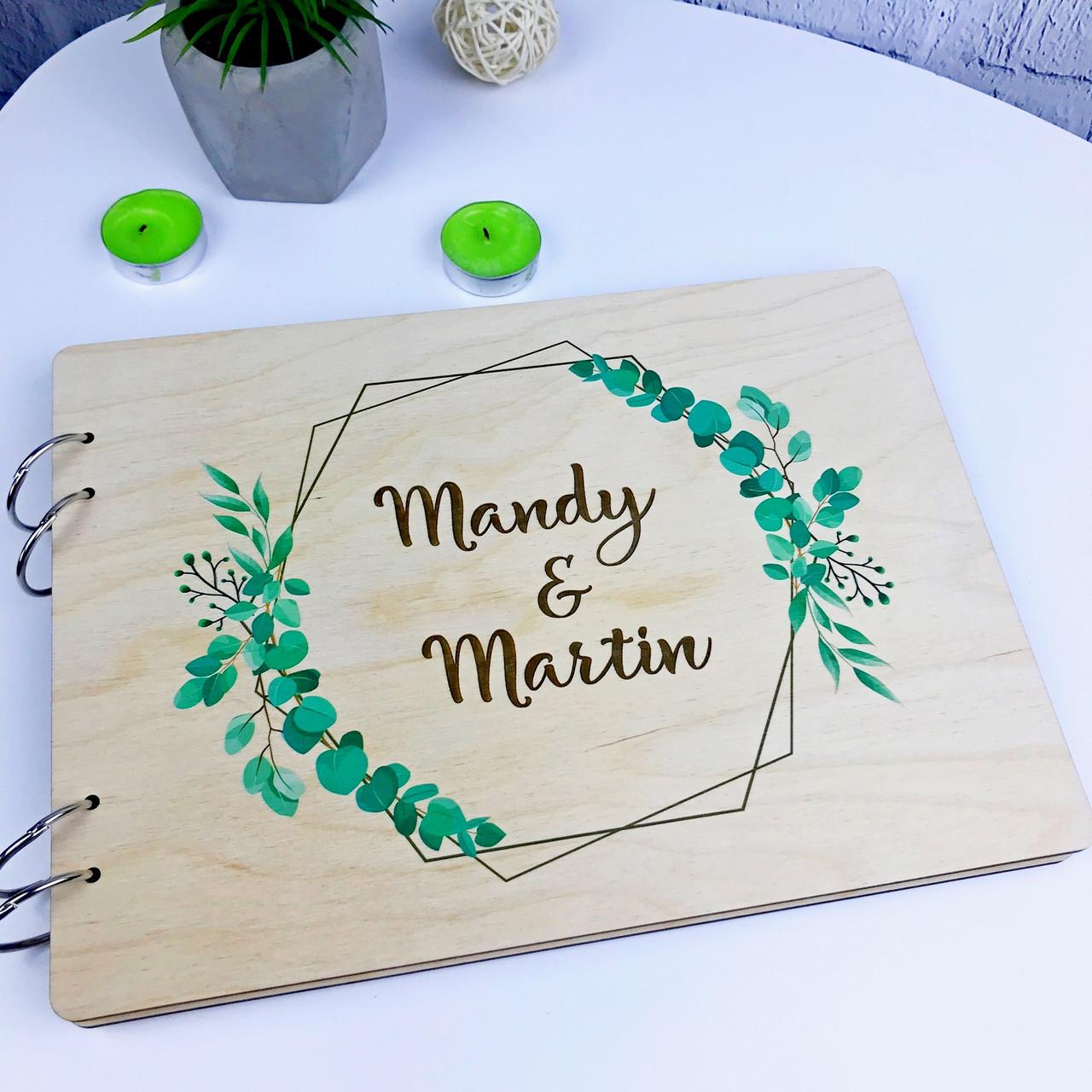 Свадебная деревянная книга для пожеланий и фото