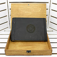 Кожаный альбом в подарочной деревянной коробке