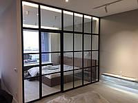 Стальные стекляные перегородки.  Французкие двери.  для зонирования пространства в помещении. межкомнатные