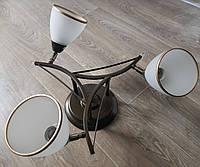 Стельова люстра на 3 лампочки колір венге з поворотними плафонами, фото 1