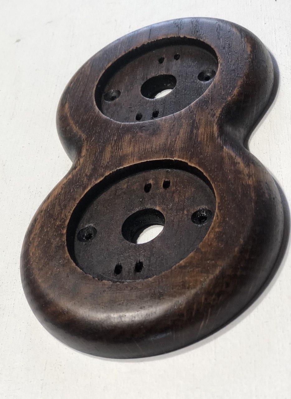 Рамка 2-местная для монтажа изделий без подложки на плоской поверхности