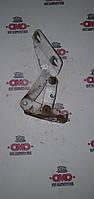 Б/у Петля капота правая Mercedes Sprinter W903 - 2000-2006 A9017500451