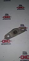 Б/у Направляющая втулка двери сдвижной правой / левой (на кузов, сверху / снизу) Fiat Ducato 2002-2006 1358687080