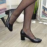 """Женские черные туфли на устойчивом каблуке, натуральная кожа """"питон"""", фото 4"""