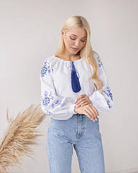 Женская вышиванка Звезда белого цвета с синей вышивкой размер XS - 2XL