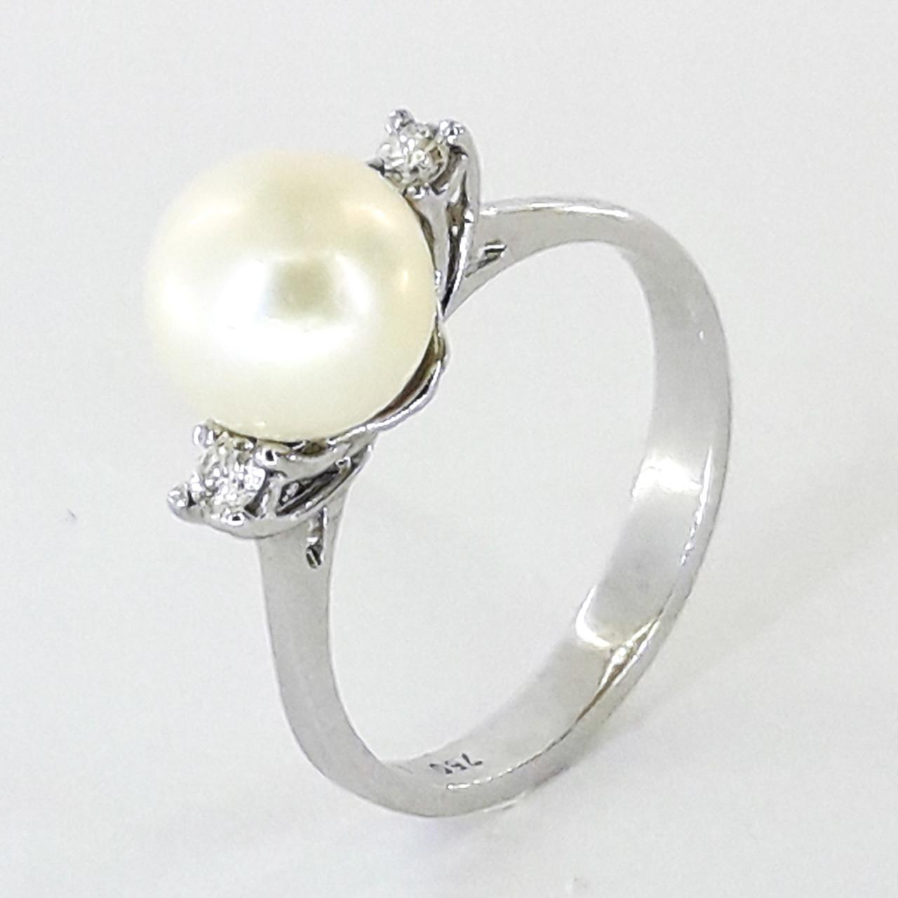 Золоте кільце з білого золота з діамантами і перлами