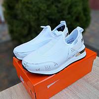 Женские белые кроссовки Louis Vuitton