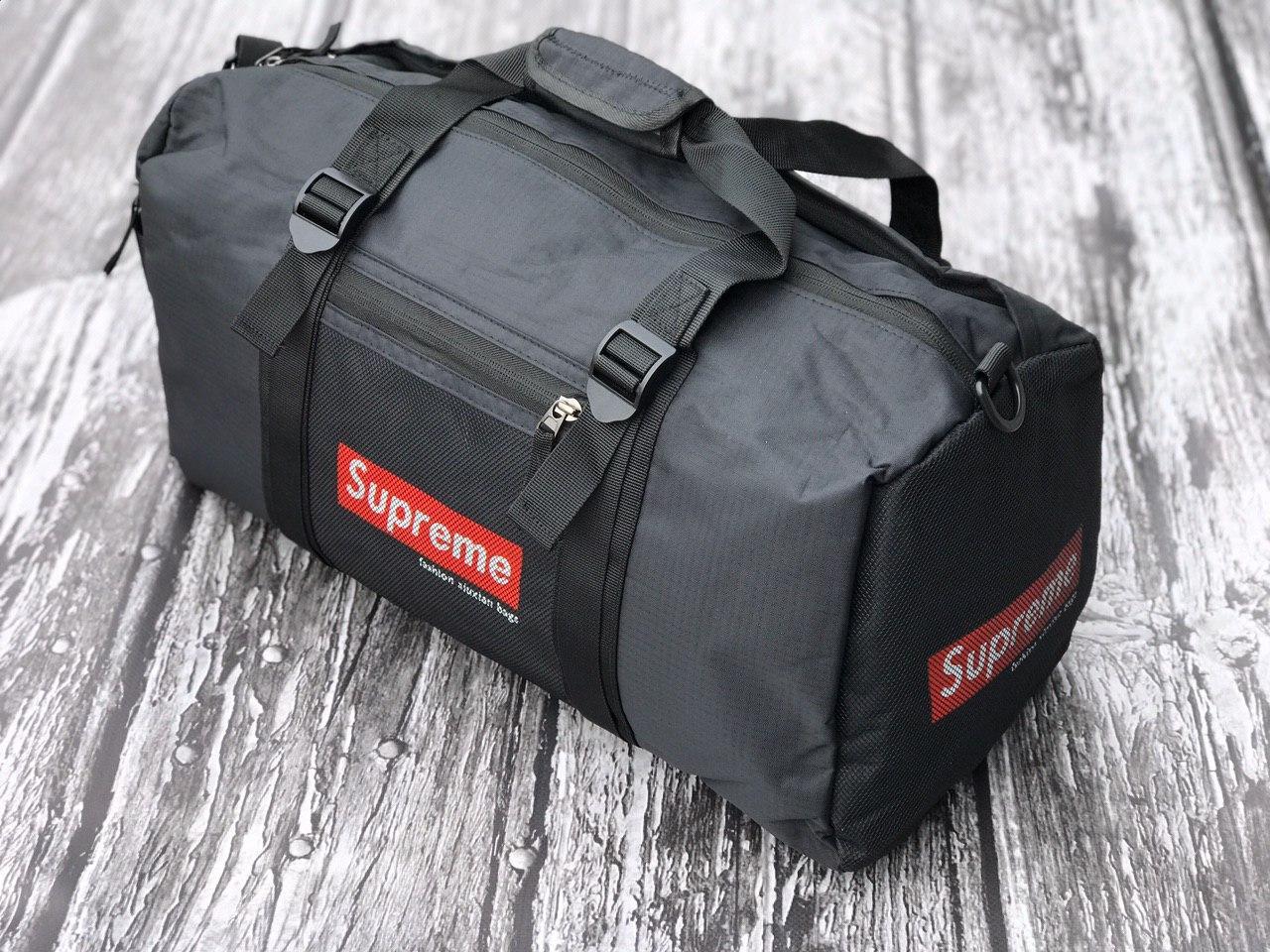 Мужская спортивная сумка Supreme черная