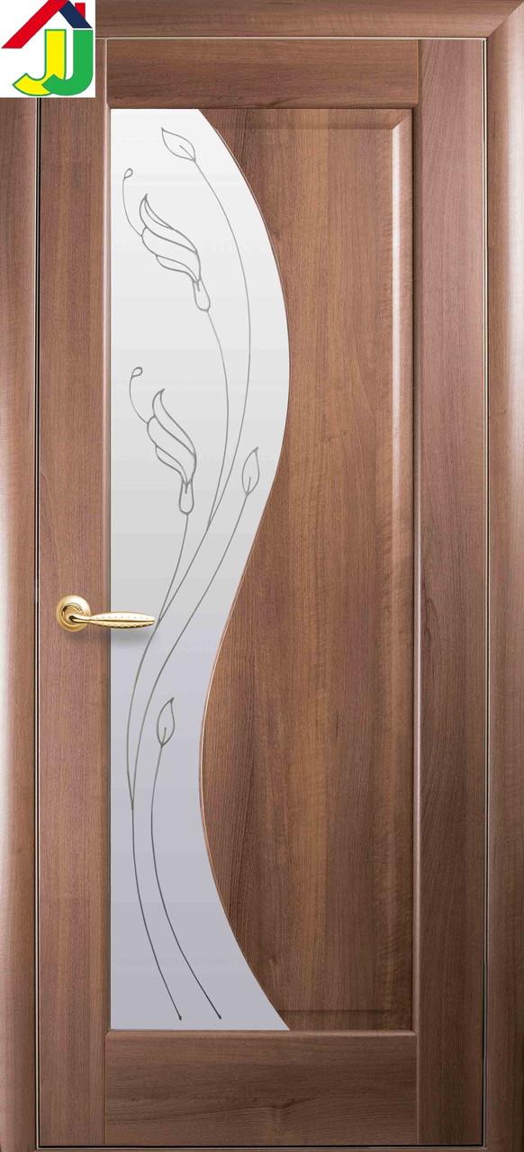 Дверь межкомнатная Новый стиль Эскада Р2 ПВХ Маэстра Золотая ольха стекло с прозрачным рисунком