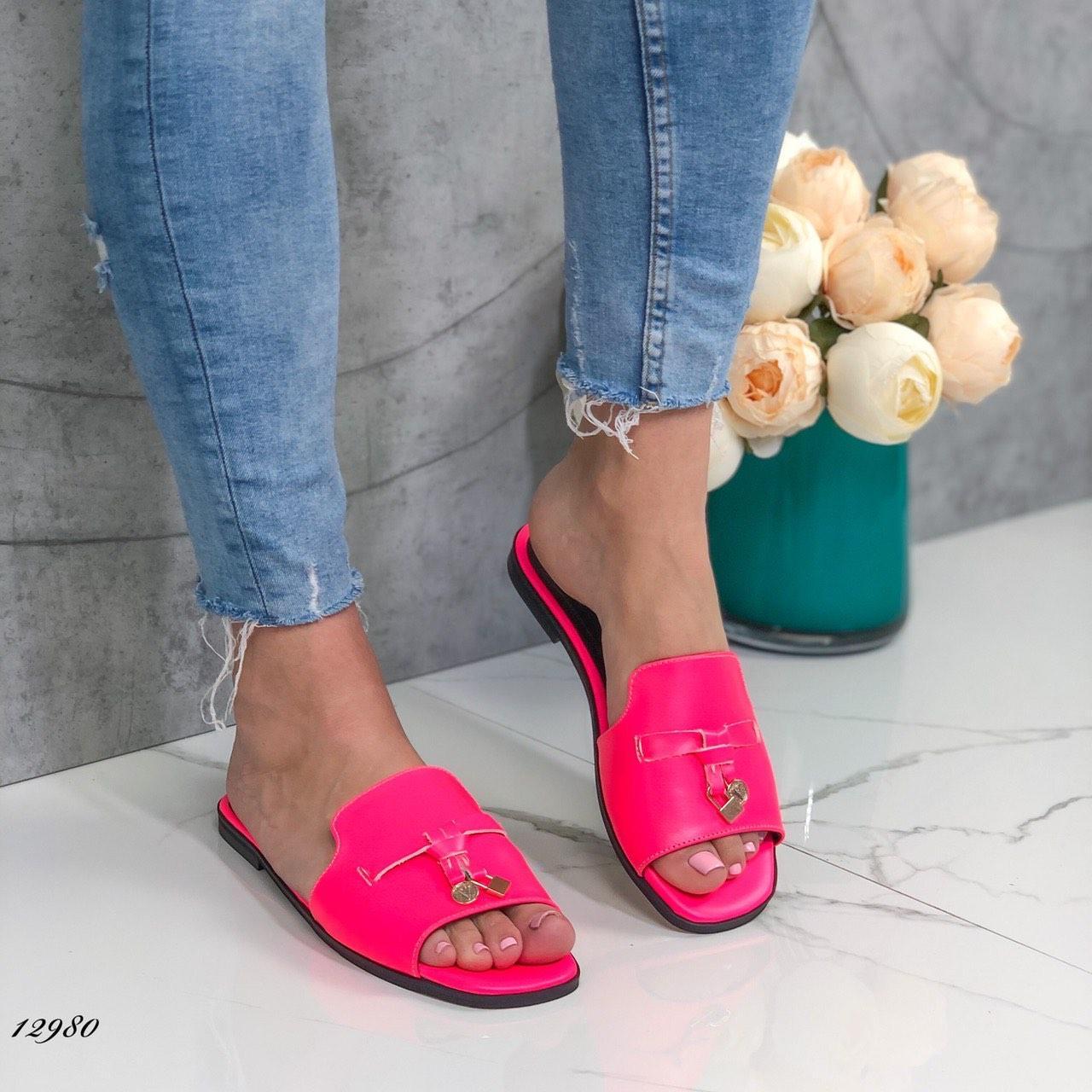 Женские шлепки кожаные розовые