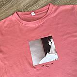 Футболка жіноча літнє бавовняна з принтом дівчата (рожева) L, фото 4