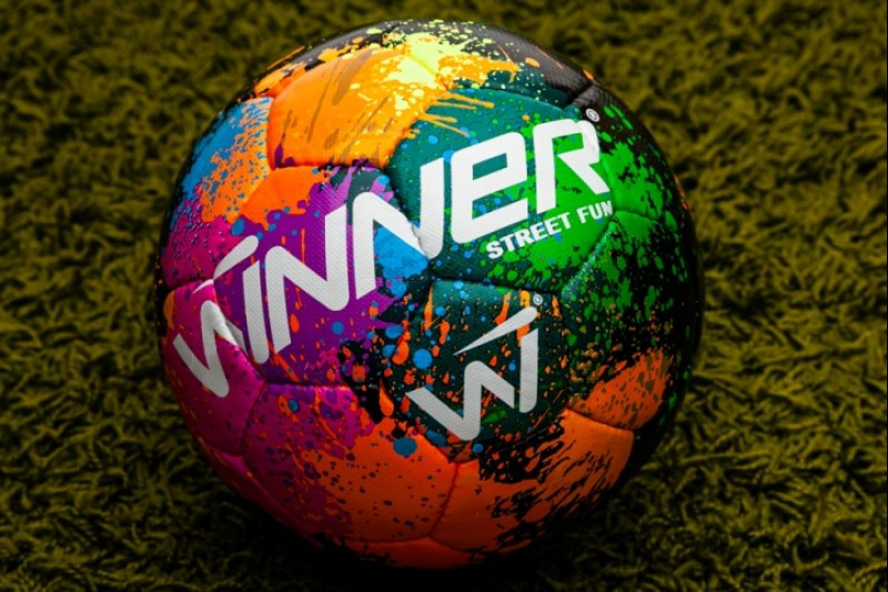 Мяч футбольный Winner Street Fun №5 w20021