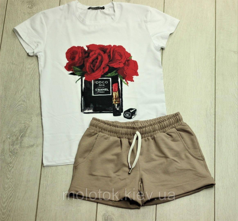 Костюм шорты с футболкой с розами