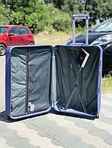 Средний пластиковый чемодан лиловый на 4-х колесах / Середня пластикова валіза, фото 2