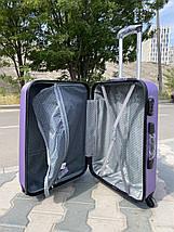 Середній пластиковий чемодан фіолетовий на 4-х колесах / Середня пластикова валіза золота, фото 3
