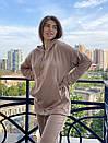 Спортивный женский летний костюм с объемным худи и штанами на манжетах 72so970, фото 4