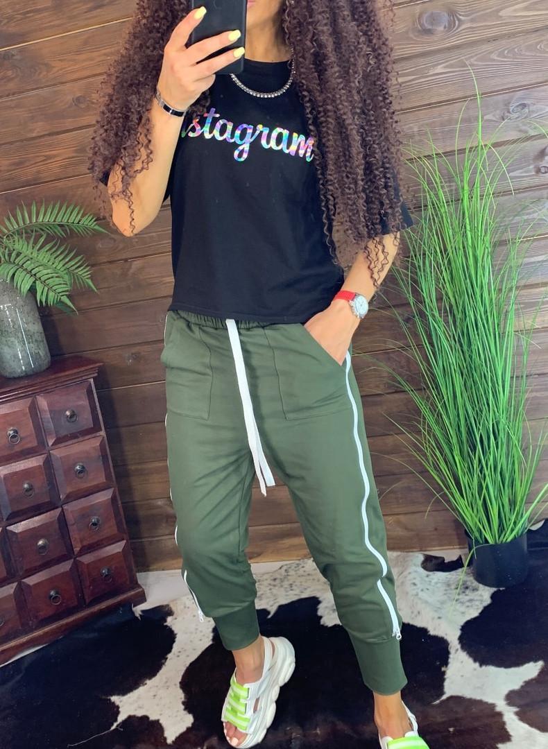 Женские спортивные штаны на резинке и щироких манжетах внизу 44bu487