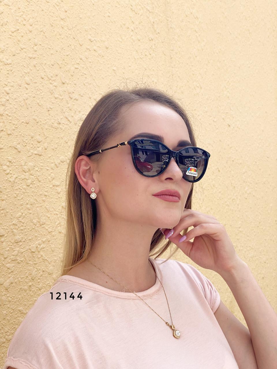 Модні чорні сонцезахисні окуляри лінза polarized