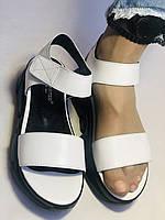 Модные босоножки на низкой танкетке.Белый.Натуральная  кожа.Турция. Размеры 38.39  Маrio Muzi, фото 8