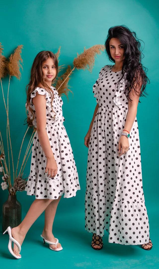 Белое платье в горошек из натуральной ткани лен в стиле Family Look
