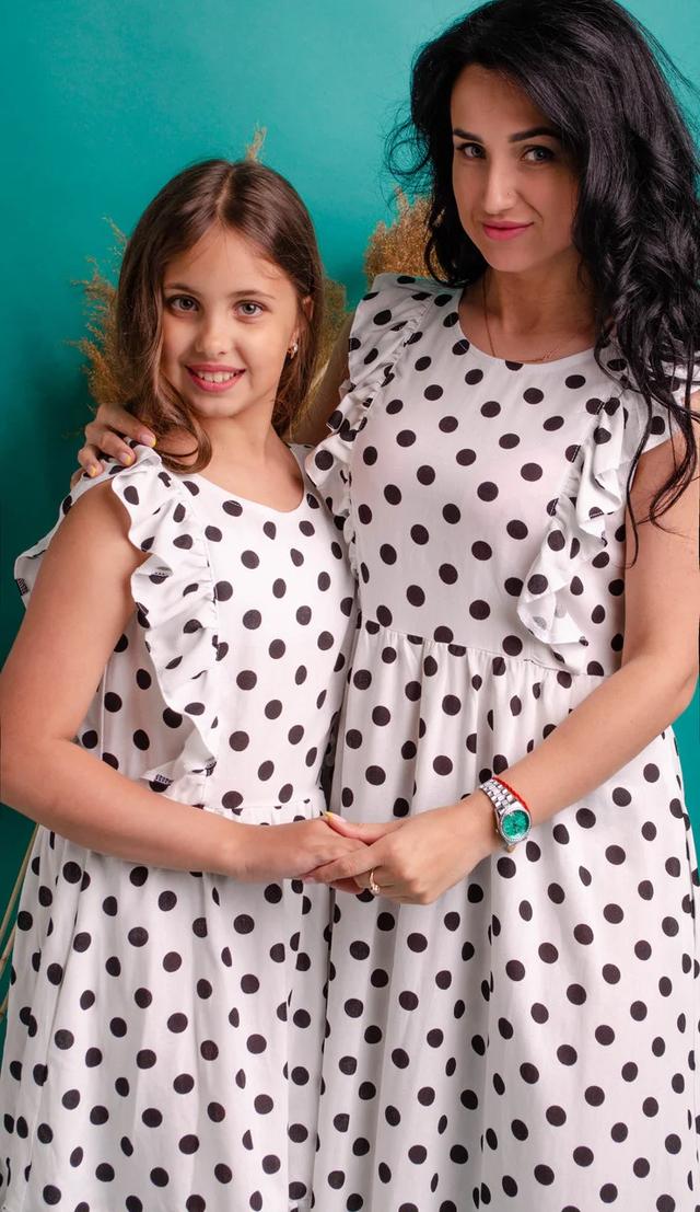 Комплект платьев для мами и дочери