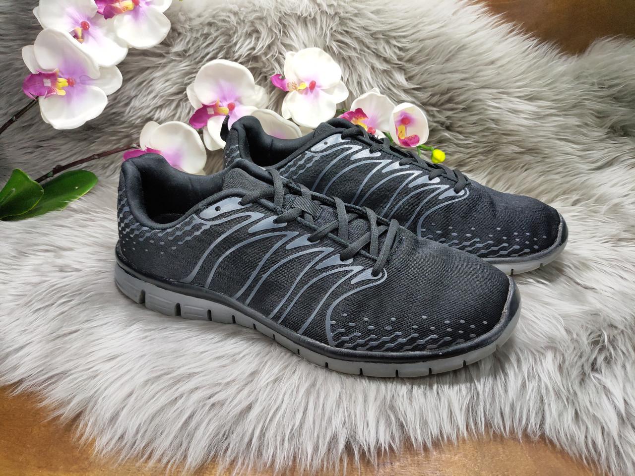 Мужские кроссовки черные (44 размер) бу